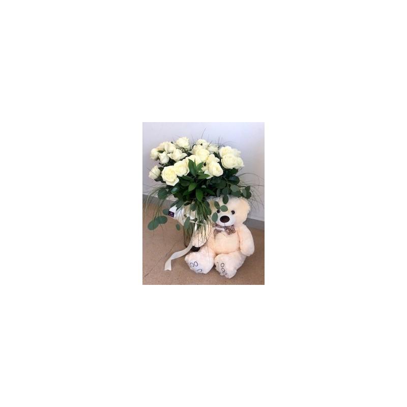 Ramo 24 rosas con muñeco y vidrio